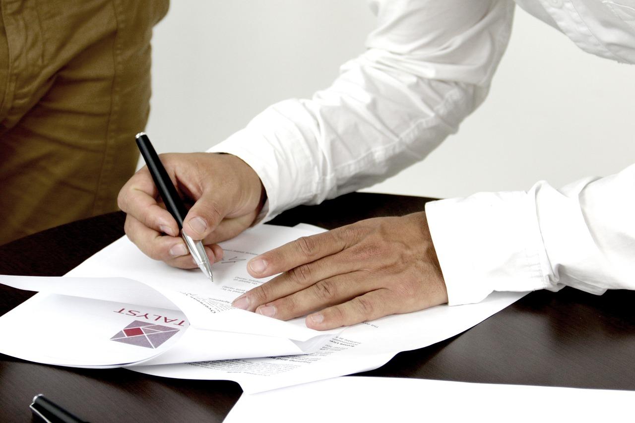 Biometryczny podpis odręczny czy  podpis elektroniczny?