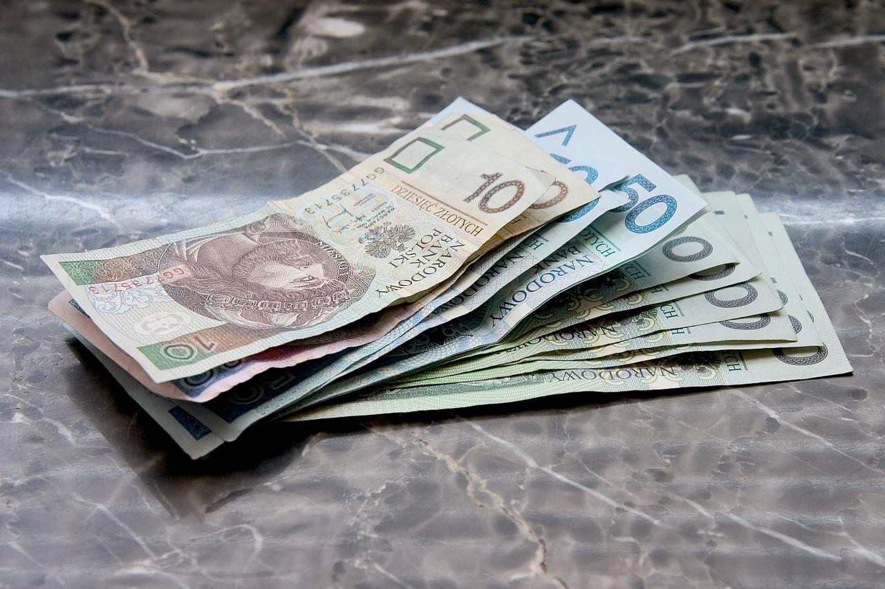 Porównaj oferty pożyczek i wybierz najkorzystniejszą dla siebie